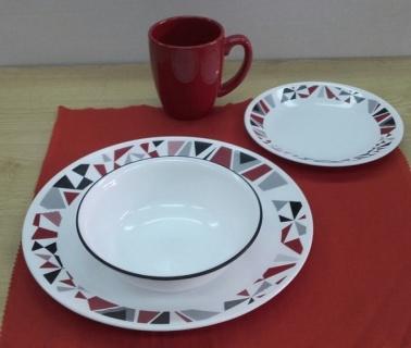 Serviciu de masă , Farfurii în set 16 piese-Corelle® Mosaic Red