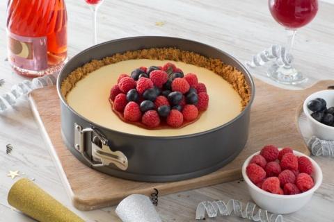 Tavă rotundă pentru tort cu inel  (non-stick acoperire cu silicon) Baker's Secret